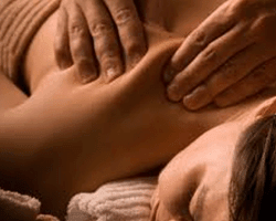 Bindweefselmassage of Cellulite massage